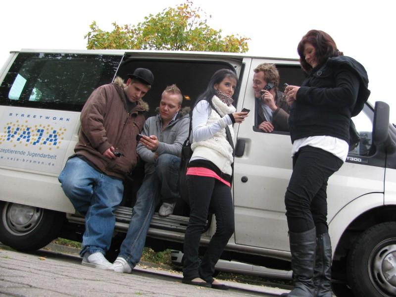 Aufsuchende Jugendarbeit - Mit dem VAJA-Bus im Stadtteil